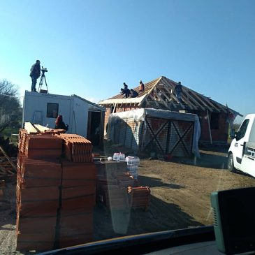 Izgradnja kuće napreduje. Mi smo tu da pomognemo!